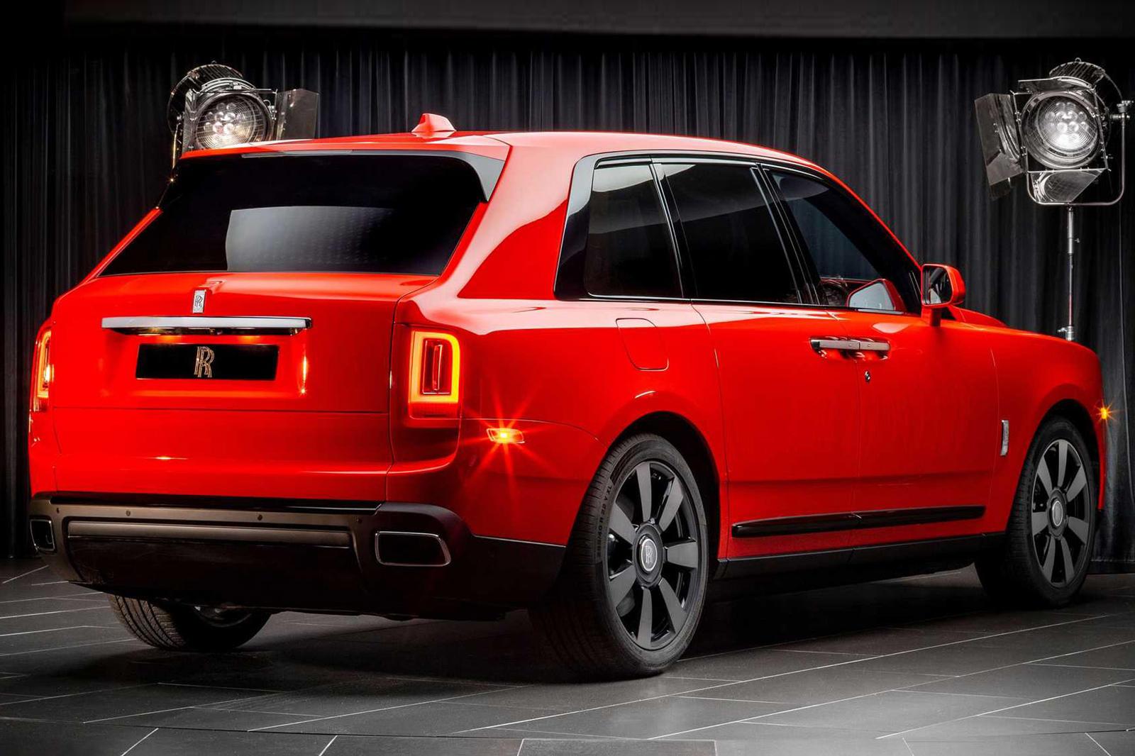 Rolls-Royce продолжает повышать ставку на роскошную индивидуальную настройку.