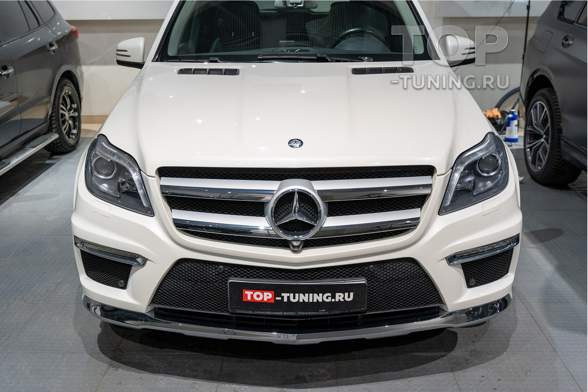 Решетка радиатора и AMG пакет для Mercedes-Benz GL X166