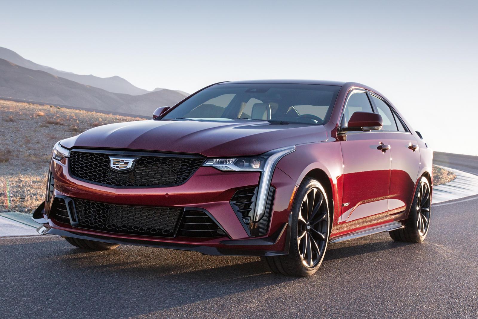 Этим владельцам также будет подарена сессия в Академии Cadillac V-Performance в Неваде. Те, кто пропустил один из этих 500 автомобилей, все еще могут разместить заказ в любом дилерском центре Cadillac на Blackwing, не предназначенный для запуска.