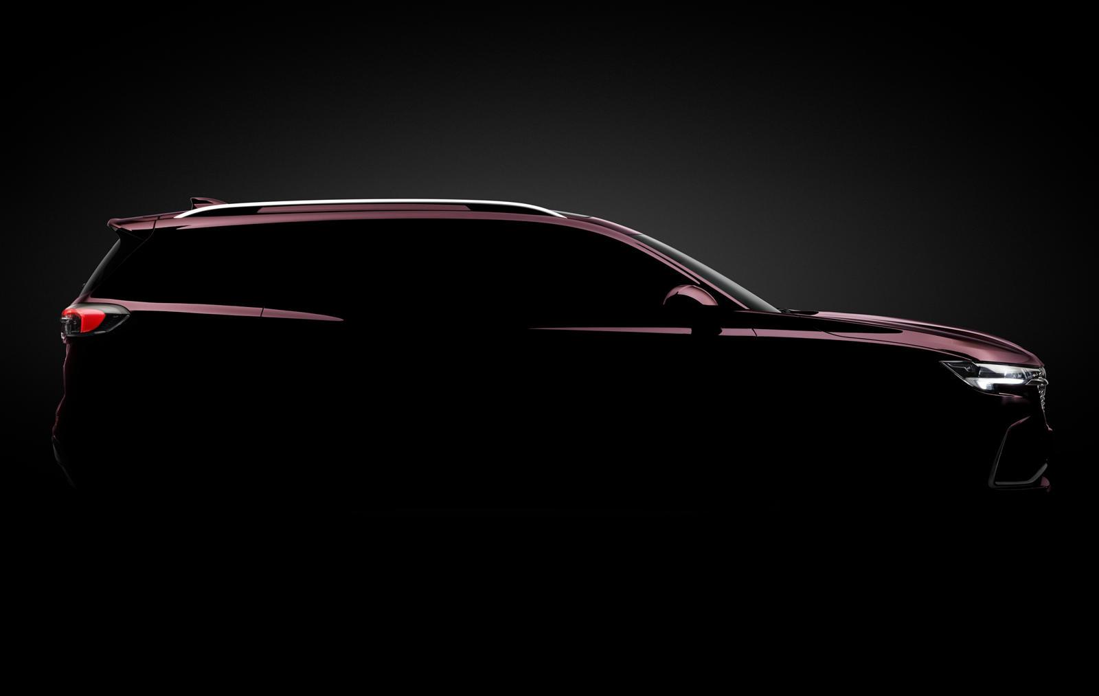Buick был вынужден адаптироваться к меняющимся временам и стать брендом, выпускающим только кроссоверы. В этом месяце атака кроссоверов Buick продолжится дебютом новой трехрядной версии Envision. Расположенный между Encore GX и Enclave, трехрядный En
