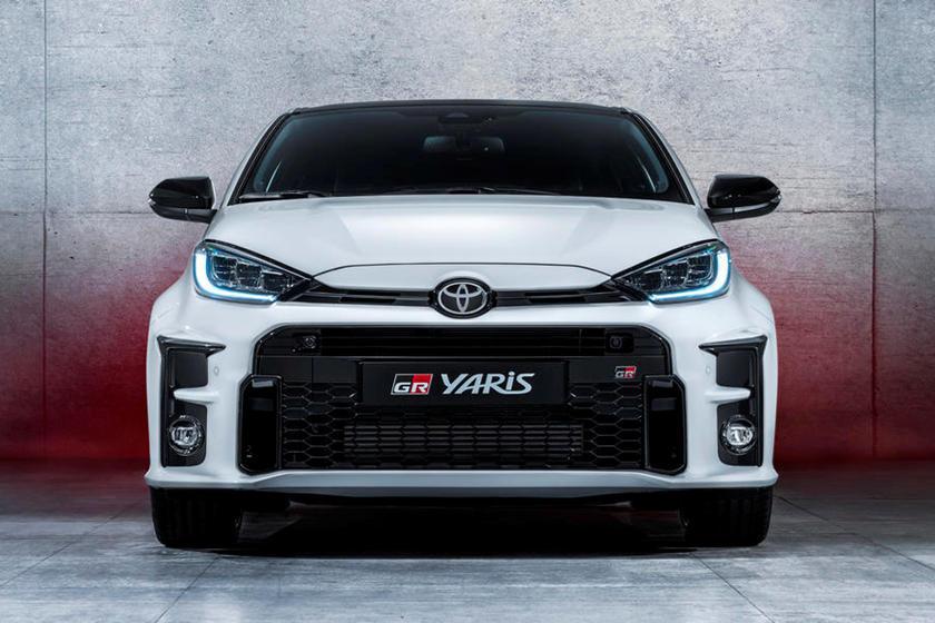 Toyota GR Yaris уже многое сделала, чтобы убедить нас в том, что на данный момент это один из самых мощных и захватывающих горячих хэтчбеков на планете. Опираясь на свою систему полного привода, он уже победил великолепную Honda Civic Type R в гонке
