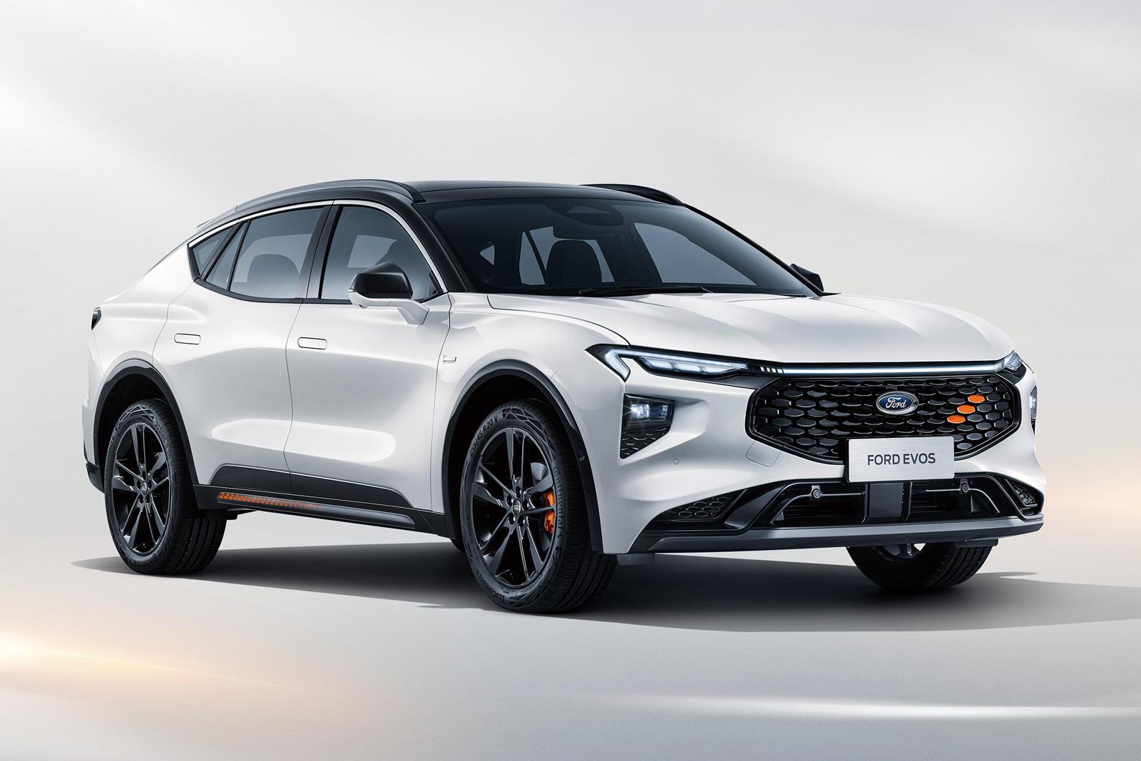 Теоретически Evos могут заменить все эти автомобили, предоставив Ford экономичное решение (и что-то вроде конкурента Subaru Outback).