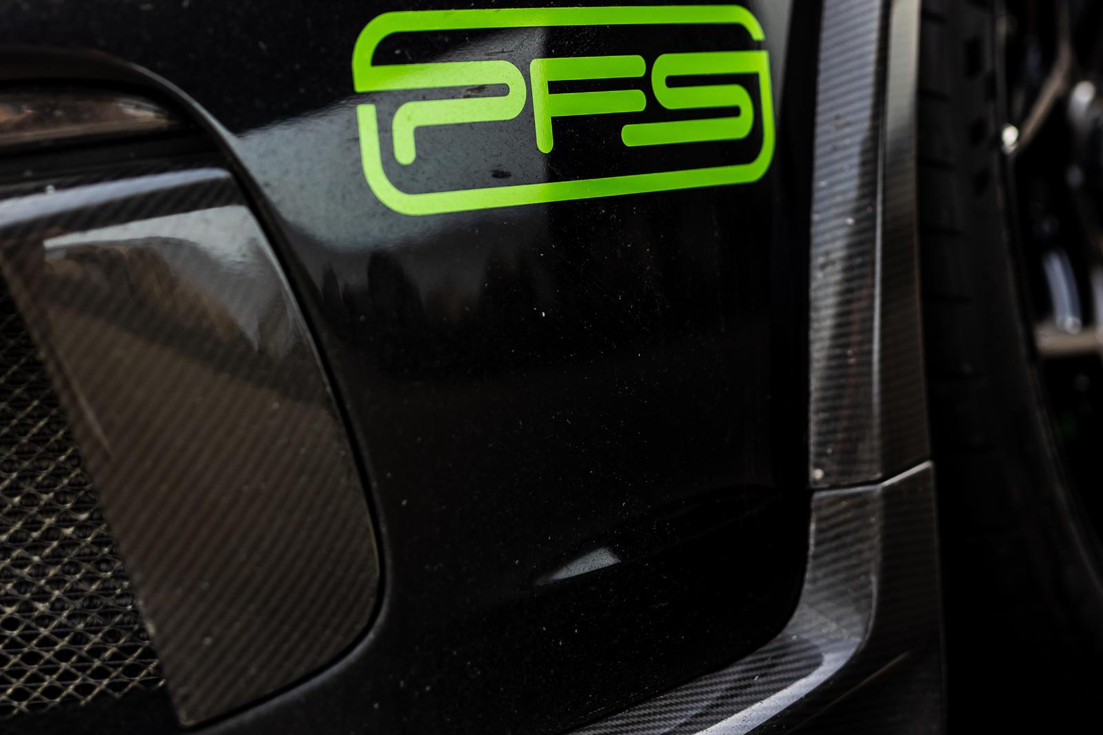 1016 Industries не новичок в создании экстремальных машин. Только в этом году мы видели напечатанный на 3D-принтере обвес для Ferrari, расширенный Urus и McLaren 720S, покрытый карбоном - все от этой тюнинг-компании. Но люди, стоящие за этими сумасше
