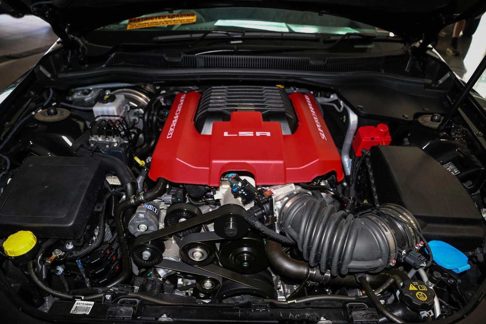 Последний из когда-либо построенных HSV Maloo GTSR был выставлен на продажу в Западной Австралии по цене 958 000 австралийских долларов (5,5 млн рублей).