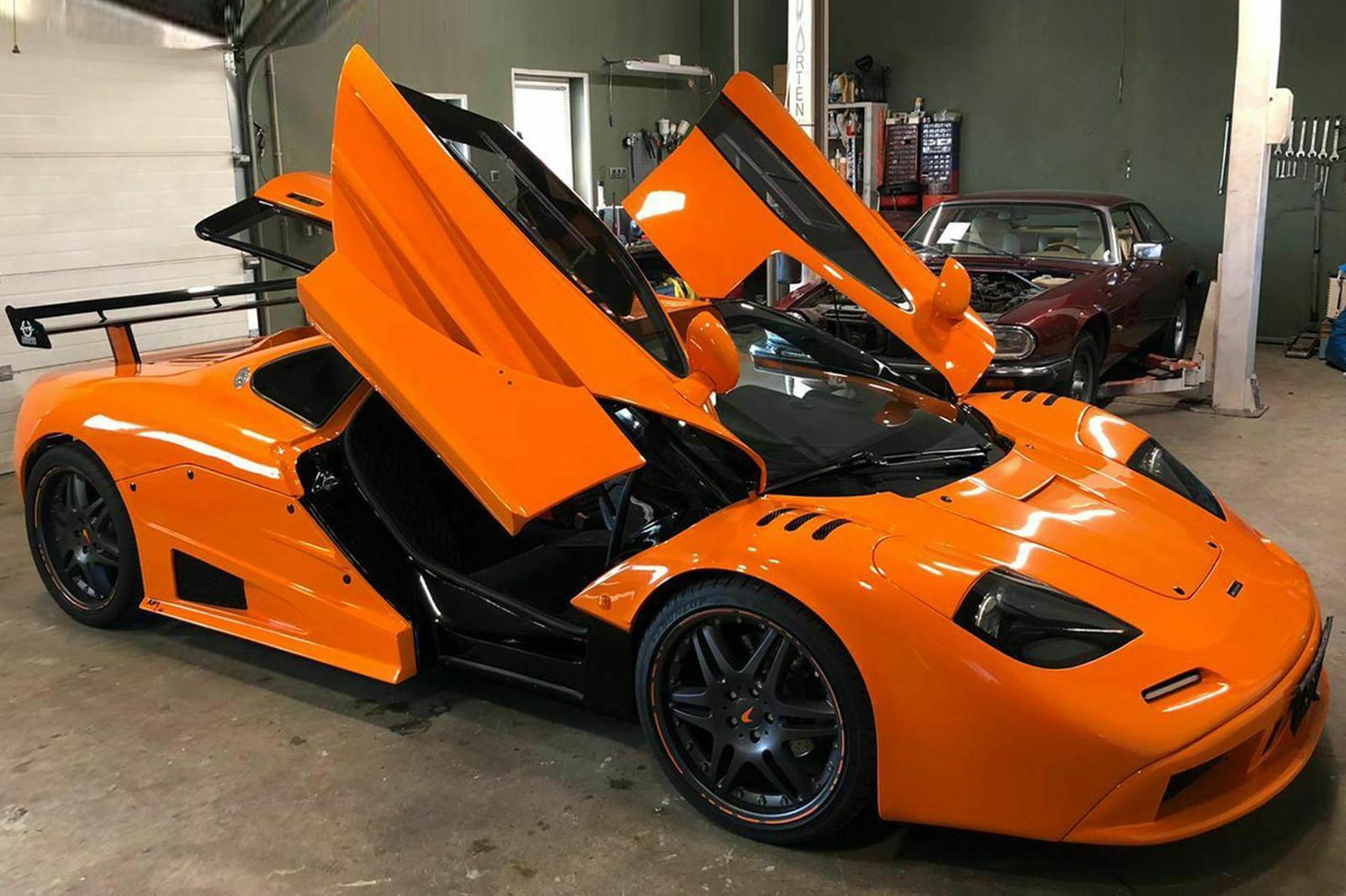 Владелец также приложил полную техническую запись конверсии, и, хотя настоящие энтузиасты бренда McLaren и культовой F1 легко смогут обнаружить признаки того, что это только хорошая копия, она, безусловно, одна из лучших, которые мы видели, и может в