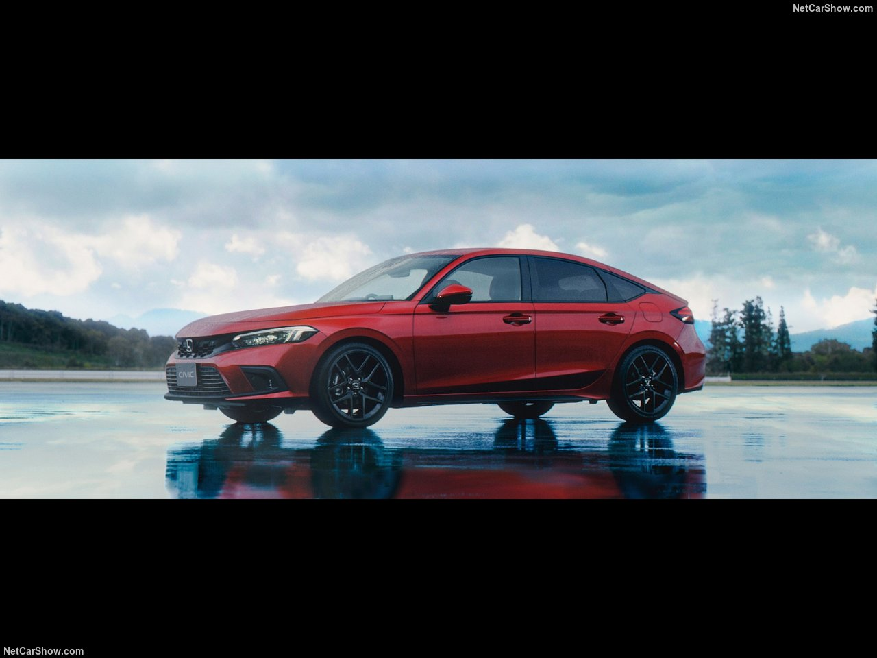 Что касается безопасности, автомобиль оснащен комплектом Honda Sensing Suites нового поколения.