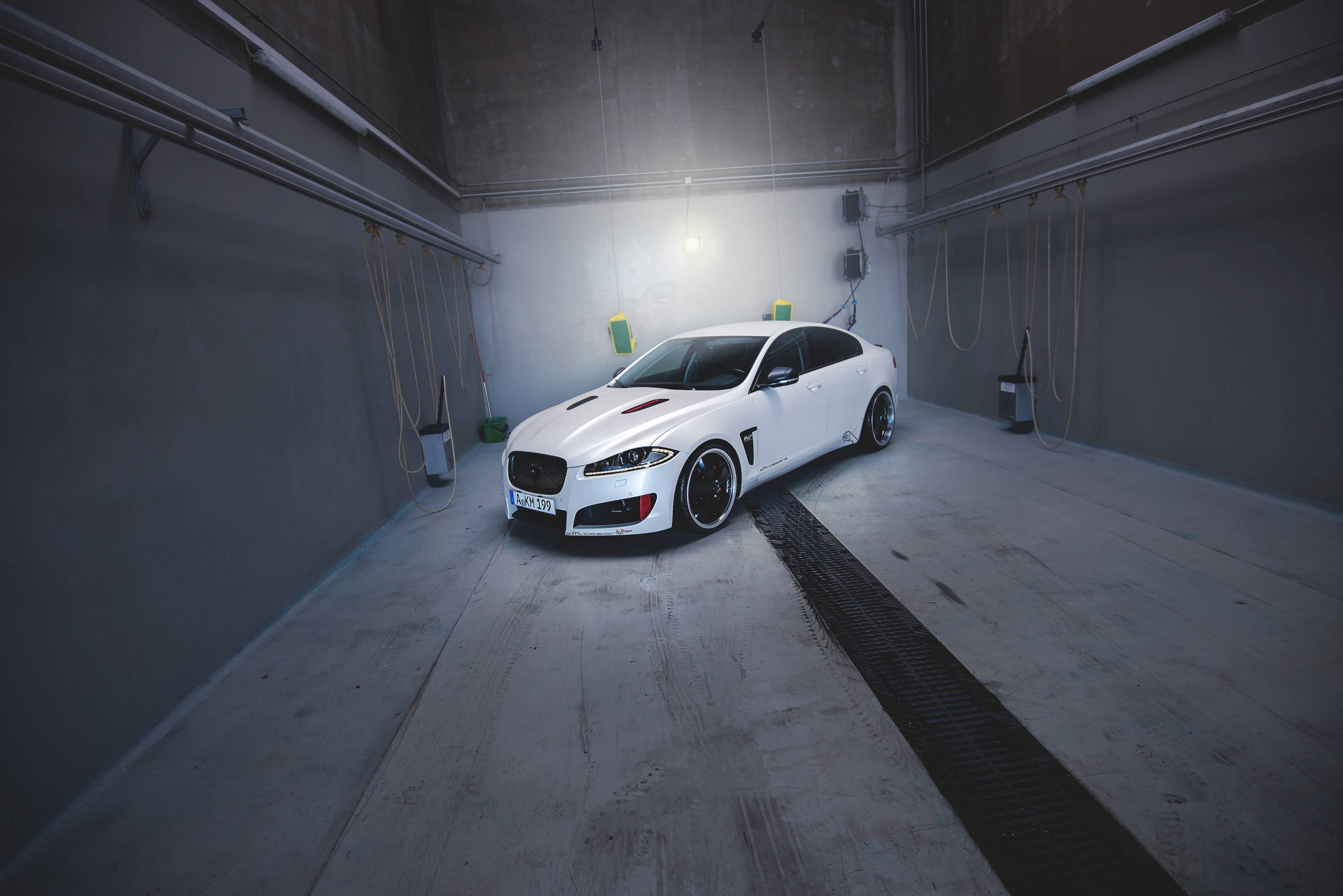 Jaguar XF 2M Design