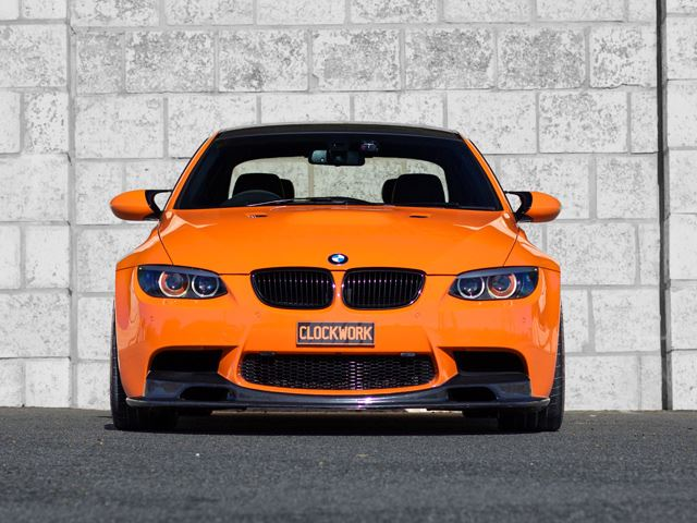 Огненный BMW M3 E92 Clockwork
