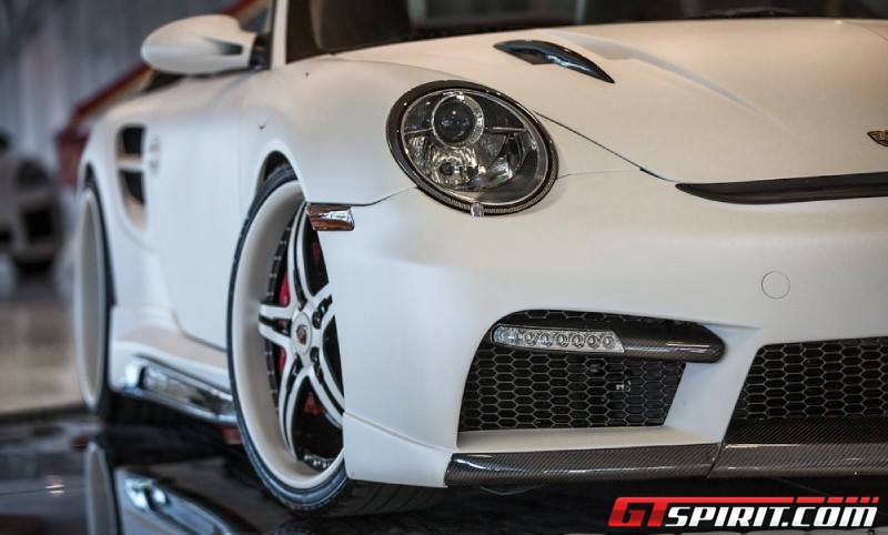 Белый Porsche 997 Turbo Cabriolet от Couture Customs