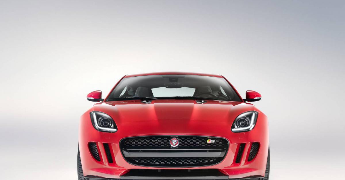 Jaguar представил 2015 F-Type R Coupe
