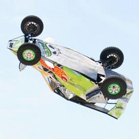 """""""Hot Wheels"""" установили рекорд в 28-метровом винтовом прыжке"""