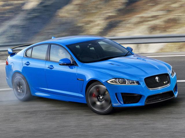 Jaguar XFR-S покоряет Альпы