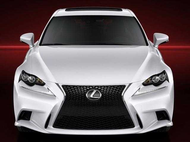 Lexus представляет новый IS