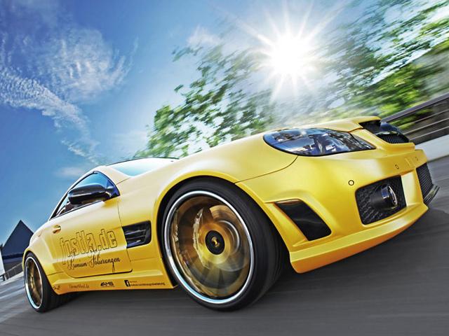 Золотой Mercedes SL55 AMG
