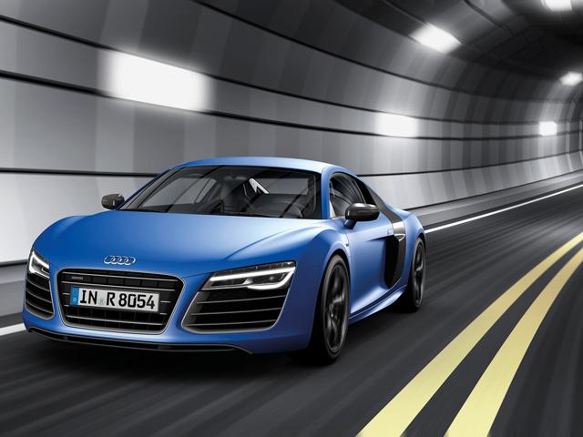 Новая Audi R8 - Новый двигатель V10 Plus