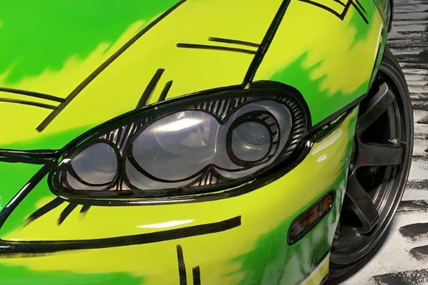Художник-граффити Кайл Брайс Монтейро, известный под псевдонимом «KBMER», несколько дней назад поразил нас своей индивидуальной окраской для Nissan 350Z, добавив совершенно иное измерение внешнему виду спортивного автомобиля благодаря его дизайну, сд