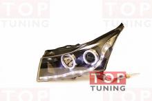 Альтернативная оптика с линзой и элементами ангельские глазки - отличный вариант тюнинга для Chevrolet Cruze.