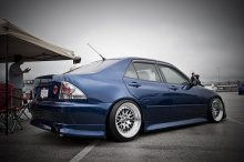 Накладки на пороги - Обвес Vertex - Тюнинг Toyota Altezza / Lexus IS200