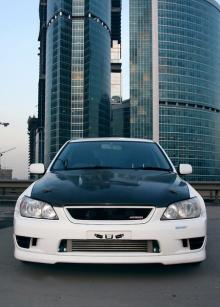 Решетка радиатора TRD для Toyota Altezza / Lexus IS 200.
