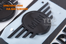 10084 Черная эмблема MINI для F55 / F56 / F57