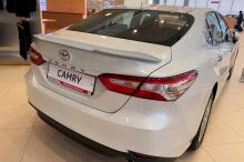 Тюнинг Тойота Камри 8 поколения - лип спойлер на багажник