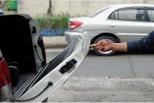 Система закрытия двери багажника с механическим доводчиком - дополнительные опции - Тюнинг Сан Янг Актион.