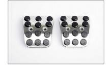 Тюнинг салона Хендай Элантра - алюминиевые накладки на педали.