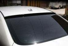 Тюнинг Infiniti G25 -  задний спойлер на стекло - от ателье GreenTech.