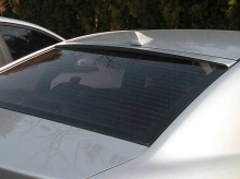Тюнинг Киа Серато - уретановый спойлер на стекло.