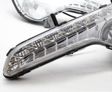 Светодиодные ходовые огни - Тюнинг оптики Киа Спортейдж.