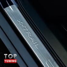 Накладки на внешние пороги TECH Design на Nissan X-Trail