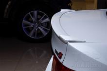 Тюнинг Хонда Аккорд 8 - установка спойлера Lite - установка в TOP-TUNING.RU