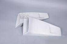 Накладки на задние форточки из комплекта Мустанг Элеонор, в 5-ом кузове.