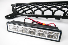 5934 Решетка в бампер с ДХО на Hyundai Solaris