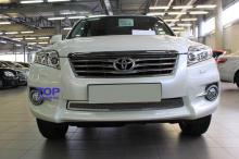Решетка в бампер на Toyota RAV4 XA30