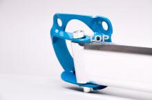 Верхний балансир-стабилизатор передних стоек. Легкая распорка-растяжка. Тюнинг Мазда 6 New.
