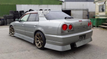 6200 Комплект порогов Uras на Nissan Skyline R34