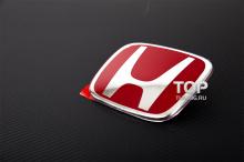 Пластиковый шильд Honda. Размер 123 * 99 мм.