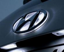 6589 Эмблема со светодиодной подсветкой LED на Hyundai