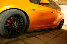 8012 Комплект порогов Rieger на Opel Astra J GTC