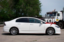 8834 Накладки на пороги Ings +1 Extreem на Honda Civic 4D (8)