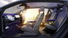 I.D. CROZZ следует за Volkswagen I.D. Concept, показанным в Париже в прошлом году, и I.D. BUZZ, который был показан в Детройте ранее в этом году.