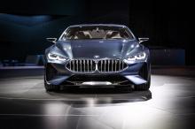 В рамках дебюта BMW собрал коллекцию самых знаковых моделей 8-й серии, включая кабриолет 8 Series и уникальный BMW M8