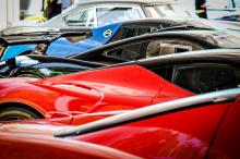 Он стоит рядом с Porsche 918 «Weissach» Spyder, оцененным между € 1.200.000 - € 1.400.000 и LaFerrari со стоимостью € 2.750.000 - € 3.200.000.