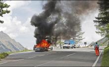 В ходе испытаний в австрийских Альпах испытательный автомобиль загорелся, что привело к полной потере машины. Местные пожарные команды были вызваны и в конечном итоге потушили автомобиль. К счастью, о пострадавших не сообщалось.