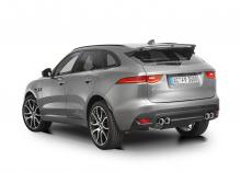 F-Pace явно сильно связан с продуктами Land Rover, поэтому у специалистов из Аахена есть множество причин поработать с ним. Новые кузовные детали придают F-Pace более спортивный вид и улучшают прижимную силу внедорожника. Особенно выделяется передний