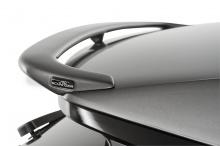 Индивидуальная выхлопная система может быть производить до 6 различных звуков от двойного глушителя из нержавеющей стали с 4 хромированными или «спортивными черными» выхлопными трубами и доступны для обоих вариантов двигателей 2.0d и 3.0d.