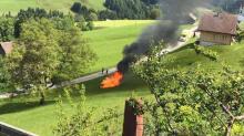 Авария произошла на закрытой гоночной трассе во время тренировки на Hemberg Hill Climb. Говорят, что Rimac сошел с трассы и загорелся.