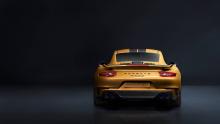 Если есть две вещи, которые большинство людей не требуют от Porsche - это еще больше мощности от 911 Turbo или новую модель в обширном составе 911. Так или иначе, немецкий производитель сумел справиться со всем - и нам очень нравится результат.