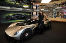 Медленный выпуск информации о предстоящем Aston Martin Valkyrie продолжается на этой неделе с утечкой информации, подтверждающей, что он получит 1130 л.с.!